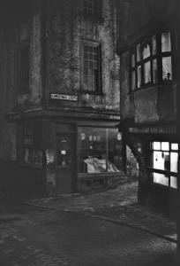 bristol-christmas-steps-night-1960s-613