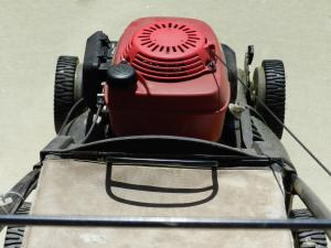lawn mower red