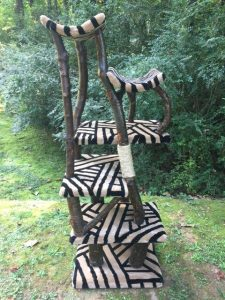 Hand made cat tree - Polishes brances and black and white carpet