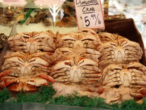 Crabs on ice for sale